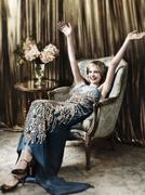 Кэри Маллиган(Carey Mulligan) в фотосессии Марио Тестино(Mario Testino) для журнала Vogue US (май 2013).