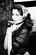 Летиция Каста (Laetitia Casta) в фотосессии Эллен фон Унверт (Ellen von Unwerth) для журнала Glamour France (июль 2011)