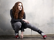 Кэти Би (Кэтлин Брайен) (Katy B (Kathleen Brien)) в фотосессии для журнала Q (2011)