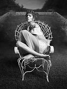 Фрея Беха Эриксен (Freja Beha Erichsen) в фотосессии Инес ван Ламсвеерде (Inez van Lamsweerde) и Винуда Матадина (Vinoodh Matadin) для журнала Vogue Paris (февраль 2014)