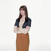 Энн Хэтэуэй (Anne Hathaway) в фотосессии для фильма Devil Wears Prada (2006).