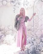 Элизабет Олсен (Elizabeth Olsen) в фотосессии Эллен фон Унверт (Ellen von Unwerth) для журнала Vs. (весна-лето 2012)