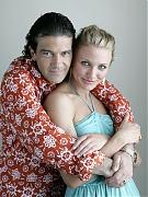Камерон Диаз(Cameron Diaz) и Антонио Бандерас(Antonio Banderas) в фотосессии для фильма «Шрек 2»(Shrek 2)(2005).