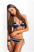 Очаровательная бразильская модель Натали Эдинбург в купальнике