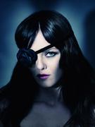 Ванесса Паради(Vanessa Paradis) в фотосессии Паоло Роверси(Paolo Roversi) для журнала i-D (весна 2011).