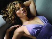 Джессика Бил(Jessica Biel) в фотосессии Джеймса Уайта(James White) для журналаFHM (сентябрь 2007).
