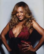 Бейонсе Ноулз(Beyonce Knowles) в фотосессии Клиффа Уоттса(Cliff Watts) для журнала Essence (сентябрь 2006).