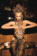 Бейонсе Ноулз(Beyonce Knowles) в фотосессии Эллен фон Унверт(Ellen von Unwerth) (2011).