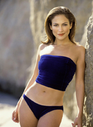 Дженнифер Лопес (Jennifer Lopez) в фотосессии Ричарда Хьюма (Richard Hume) для журнала Shape (август 1998)