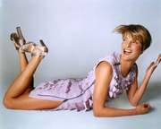 ВСЯ ФОТОСЕССИЯ  Линда Евангелиста(Lnda Evangelista) в фотосессии Стивена Майзела(Steven Meisel) (2001).