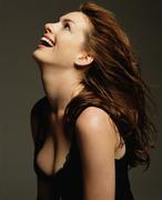 Энн Хэтэуэй(Anne Hathaway) в фотосессии Николаса Самартиса(Nicholas Samartis) для журнала Vanity Fair (октябрь 2008).