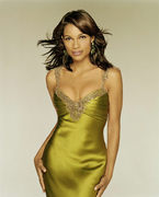 Розарио Доусон(Rosario Dawson) в фотосессии Мэтью Ролстона(Matthew Rolston) (2005).
