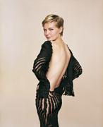 Кирстен Данст(Kirsten Dunst) в фотосессии Джеймса Уайта(James White) (2004).
